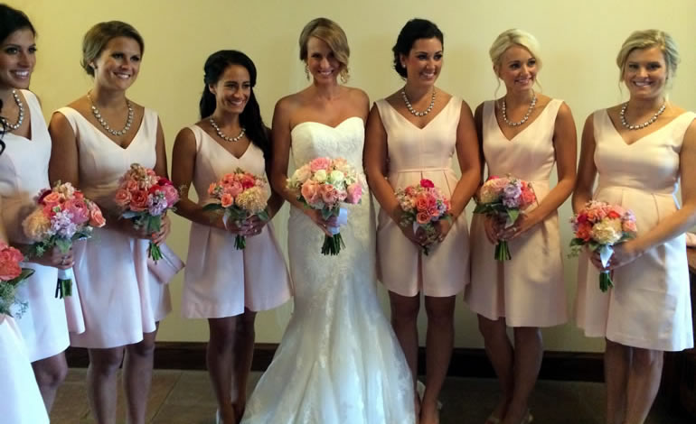 Wedding party with bouquets by EverBloom Floral, Omaha and Bellevue